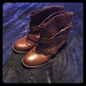 Mudd Brown Heeled Boots